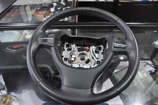 武汉宝马改装 宝马5系碳纤维方向盘