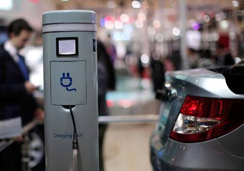 """车视点:新能源汽车的""""碰撞时代""""即将到来"""