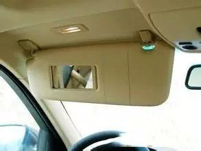 小知识:盘点汽车内的隐藏功能!